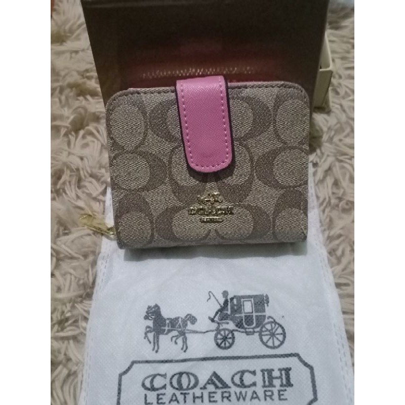 กระเป๋าสตางค์ COACH ใบสั้น แบบพับ+ซิปรอบ 2in1 งานปั๊ม