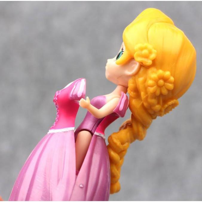 ฟิกเกอร์ Disney Princess Figure 6 Include 18 ชิ้นของเล่นสําหรับเด็ก