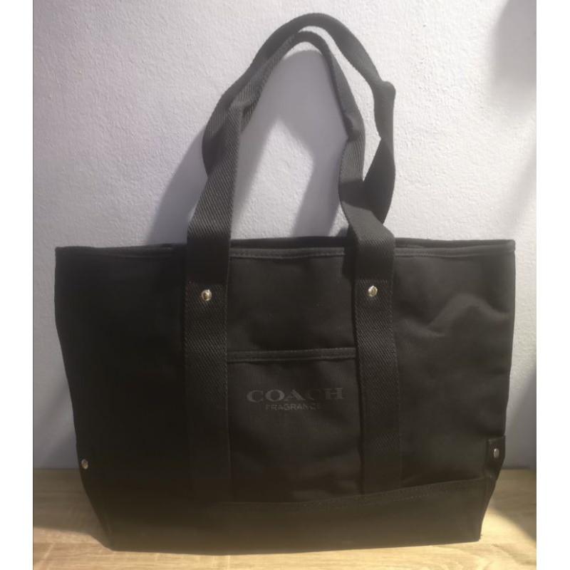 กระเป๋าสะพายผ้า COACH สีดำ (ของใหม่)