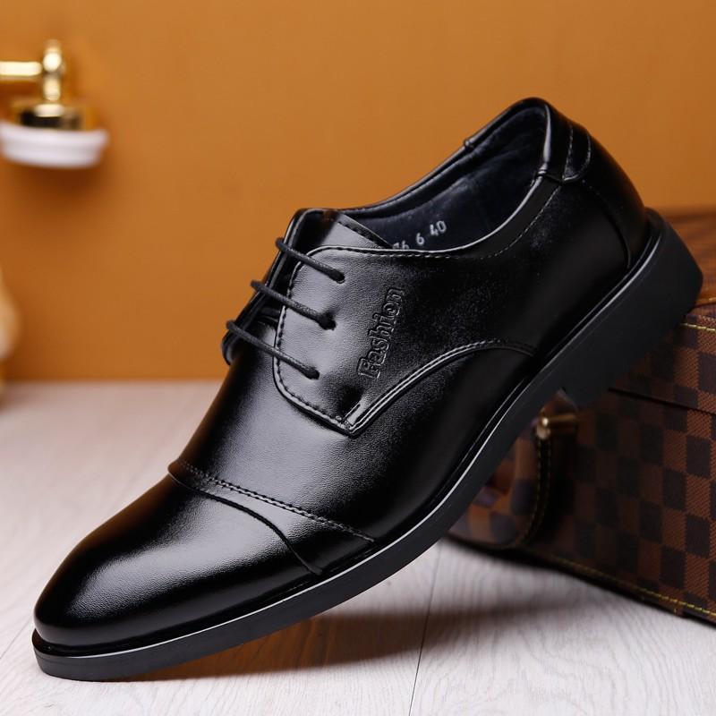 รองเท้าคัชชูผู้ชาย รองเท้าหนังผู้ชาย รองเท้าคัทชูหนังแท้ ผู้ชาย รุ่น หนังนิ่มสีดำ 39-45 pu leather shoes men's business