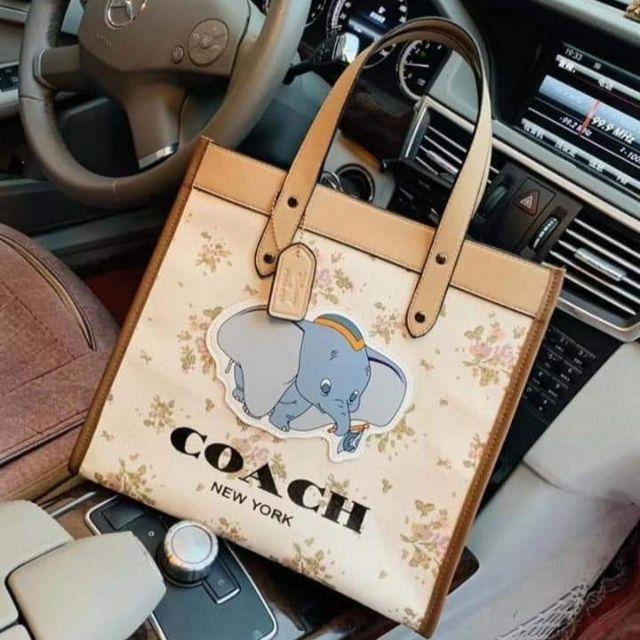 กระเป๋า Coach Dumbo รุ่นใหม่ล่าสุด Limited งานผ้าแคนวาสกันน้ำ