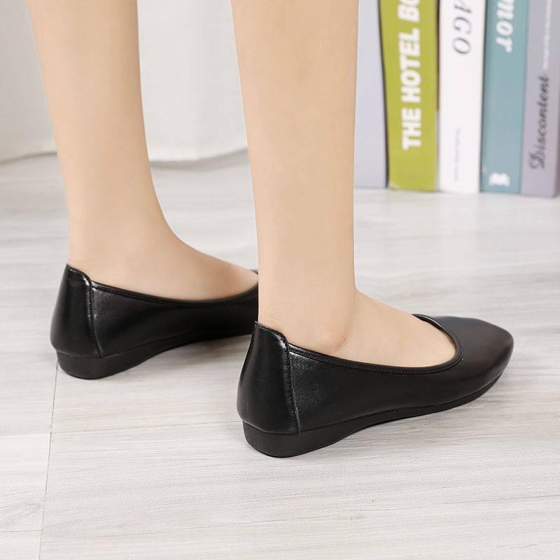รองเท้าคัชชู ใส่สบาย สำหรับผู้หญิง รุ่นสีเรียบใส่ทำงาน รองเท้าทำงานพื้นนิ่มหญิงสีดำมืออาชีพแบนลื่นสบายรองเท้าหนังนุ่มปาก