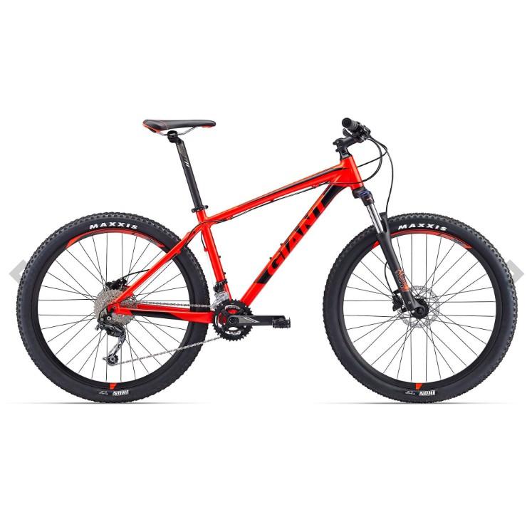 จักรยานเสือภูเขา Giant Talon 2, 27.5 18 สปีด เฟรมอลู ดิสน้ำมัน 2017