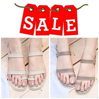 Code : NEWPHTA ลด100บาท รองเท้าสวมนิ้ว  ขับผิวขาว สีครีม กับ สีเทา