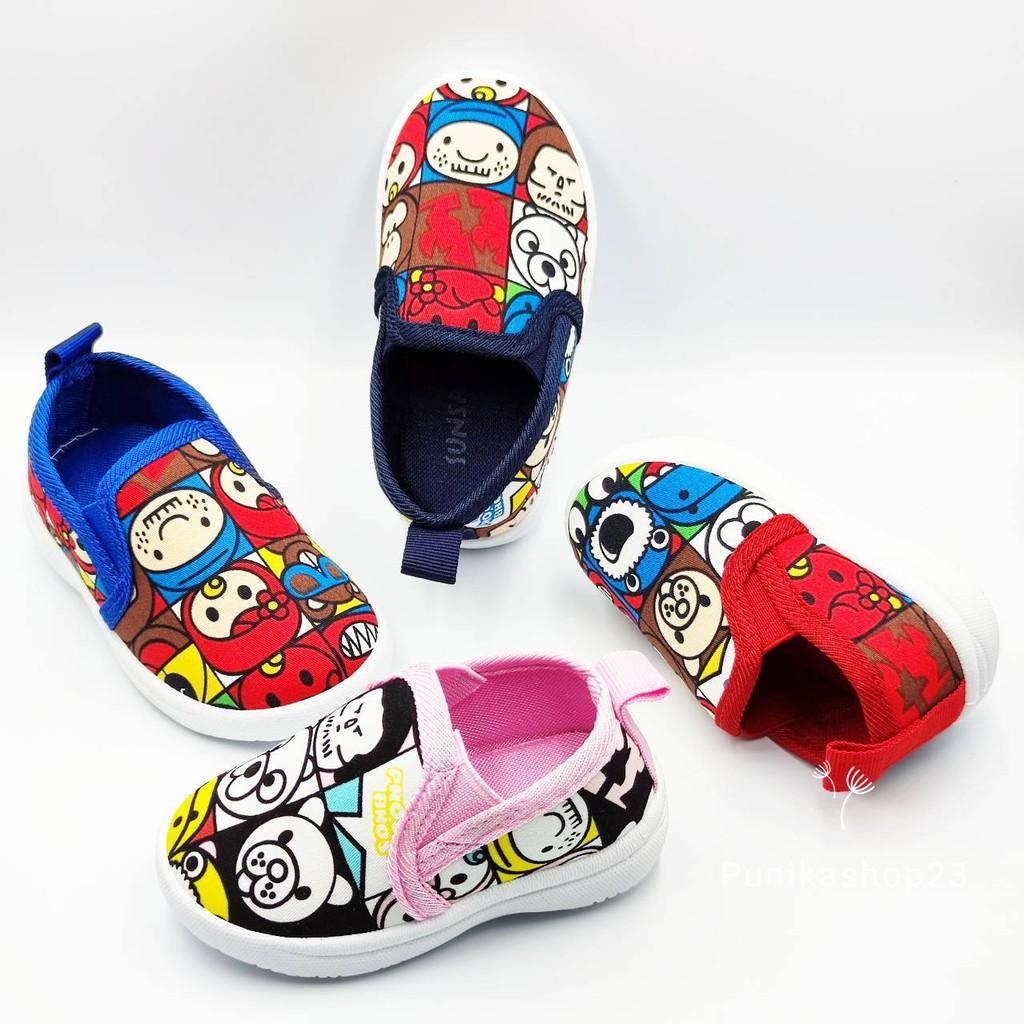 [พร้อมส่ง]รองเท้าเด็ก รองเท้าคัชชูเด็ก 1ปี-4ปี รองเท้าเด็ก รองเท้าผ้าใบ รองเท้าเด็กผู้ชาย รองเท้าเด็กผู้หญิง ลายการ์ตูน