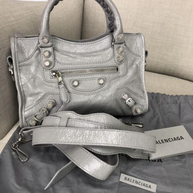 กระเป๋า Balenciaga mini แท้ 💯 ส่งฟรี ems ลดสุดๆ