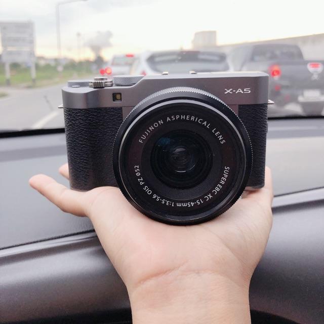 Fuji xa5 สีดำล้วน มือสอง สีลิมิเตด สวยๆคะ สภาพกล้อง 98% พร้อมใช้งาน กล้องใช้ได้ปกติ มีของแถมครบชุด มาประกัน ✨✨✨✨