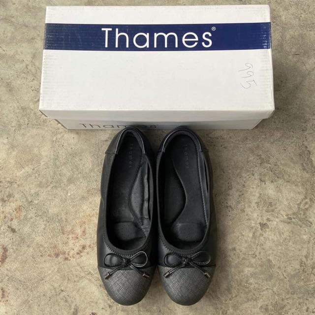 รองเท้าคัชชูสีดำ Thames