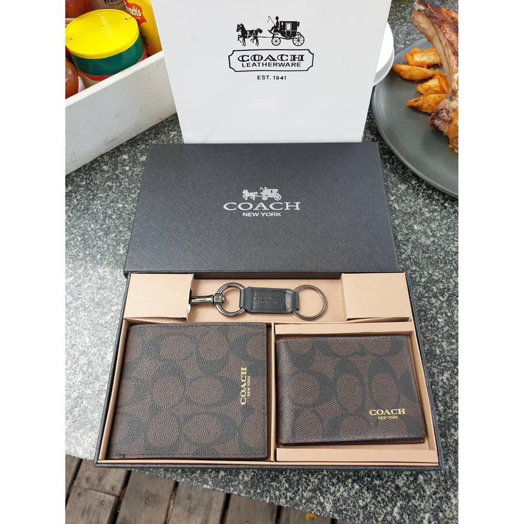 №✓▲COACH ซื้อ 1 ได้ถึง 3 !! Box Set ชุดกระเป๋าสตางค์ใบสั้นและกระเป๋าใส่บัตร หนังแท้คุณภาพดีมาพร้อมพวงกุญแจ FACTORY SH