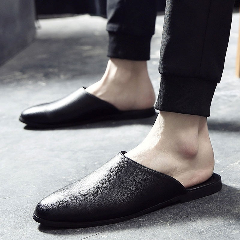 รองเท้าหนังผู้ชาย รองเท้าคัชชูผู้ชาย รองเท้าโลฟเฟอร์ รองเท้าลำลองแฟชั่นผู้ชาย สีดำ