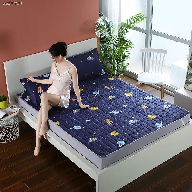 ✥❂ผ้ารองกันเปื้อน & topperบาง ที่นอนกันลื่น, ที่นอนบาง ผ้ารองกันเปื้อนที่นอน ขนาด 3.5 ฟุต 5 ฟุตและ 6