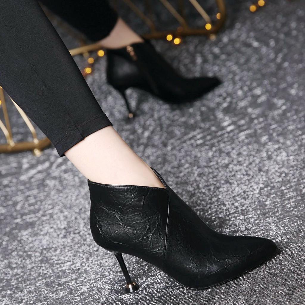 รองเท้าส้นสูง หัวแหลม ส้นเข็ม ใส่สบาย New Fshion รองเท้าคัชชูหัวแหลม  รองเท้าแฟชั่นรองเท้าบูทส้นสูงผู้หญิง