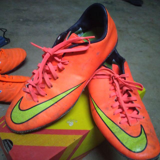 รองเท้าสตั๊ด มือสอง สภาพ50 - Nike ก็อปเกรดA เบอร์40 สีส้ม