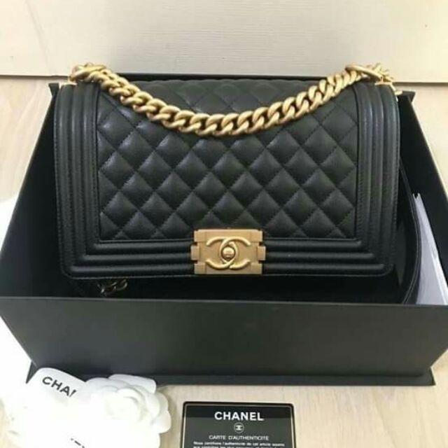 Used like💥 กระเป๋ามือสอง แบรนด์ Chanel boy10 ghw holo26  สั่งซื้อแอด🆔Line: aisha_tookta