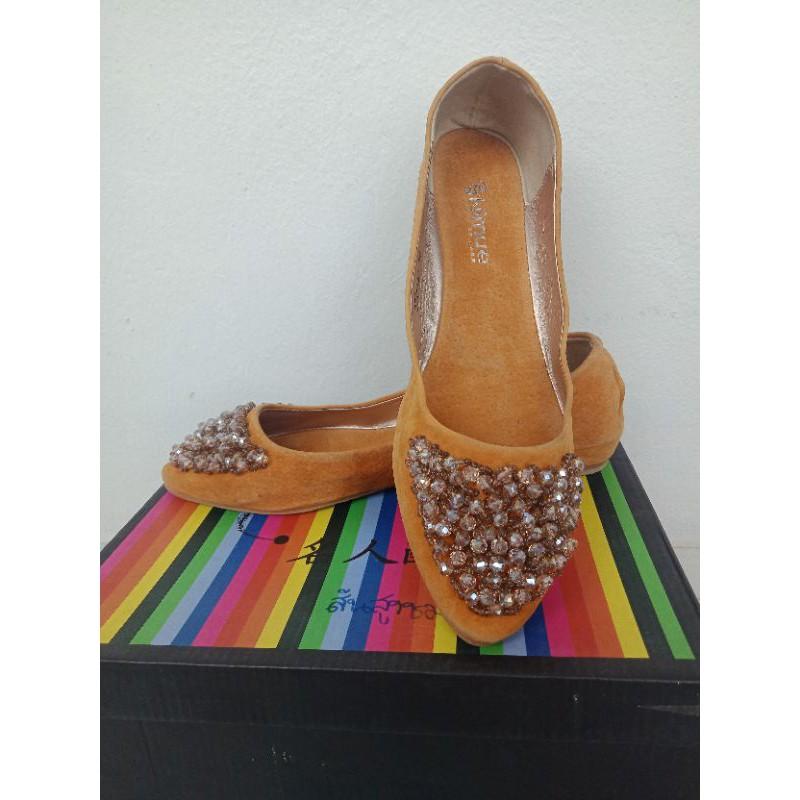 รองเท้าคัชชูผู้หญิงส้นเตี้ย