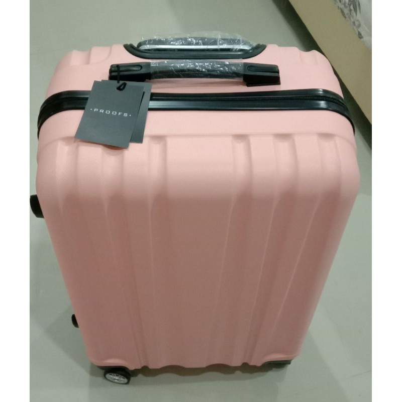 กระเป๋าเดินทาง 24 นิ้ว