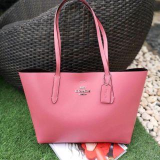 4199f77137 กระเป๋าสะพาย Tote สีชมพูนมสวยมากค่ะ #anomall4289 AVENUE TOTE (COACH F31535) Light  Pink Oxblood | Shopee Thailand