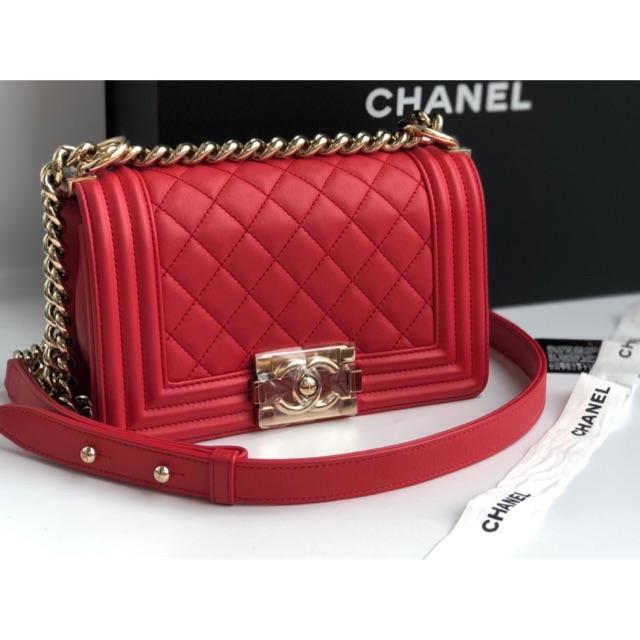 กระเป๋า Chanel boy 8
