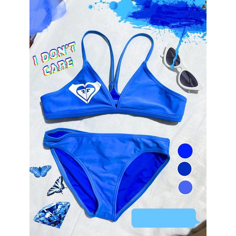 ส่งต่อ ชุดว่ายน้ำ roxy สีน้ำเงิน