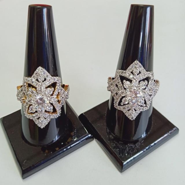 แหวน เพชร cz ดอกเข็ม ชุบทองไมครอน และทองคำขาว ราคาพิเศษ