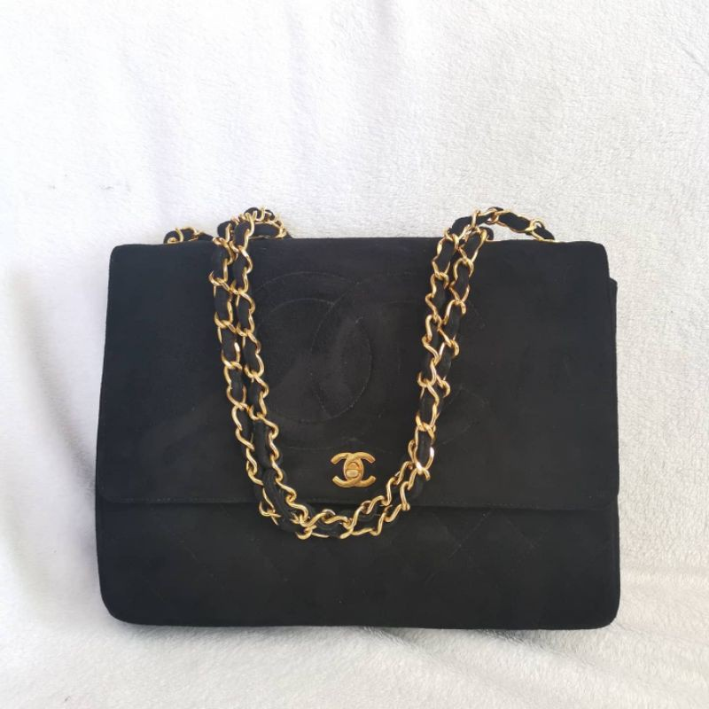 Authentic used Chanel Classic Maxi Flap Bag Vintage Black Suede Skin Size 13.5 inch