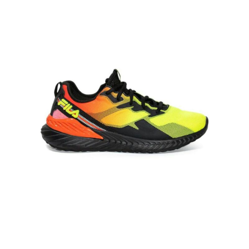 FILA Blazehawk รองเท้าวิ่งผู้ชาย (Size 42)