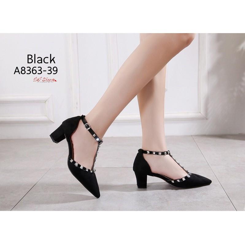 รองเท้าคัชชู รองเท้าผู้หญิง เปิดข้าง รัดข้อ รองเท้าส้นสูง สีดำ ส่งฟรี ลทบ.