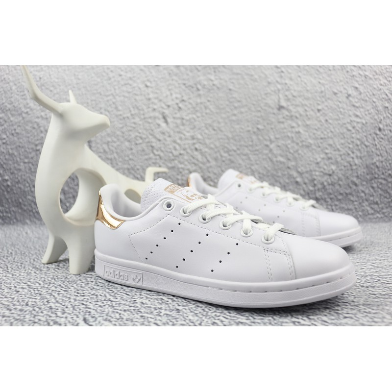 exclusive range wholesale good texture รองเท้าผู้ชาย Real Adidas stan smith Smith shoes men's shoes 36-44