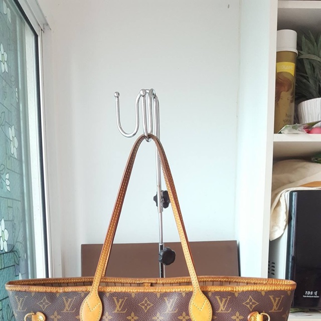กระเป๋าหลุยส์ Louis Vuitton Neverfull MM monogram มือสองของแท้ - พร้อมส่ง