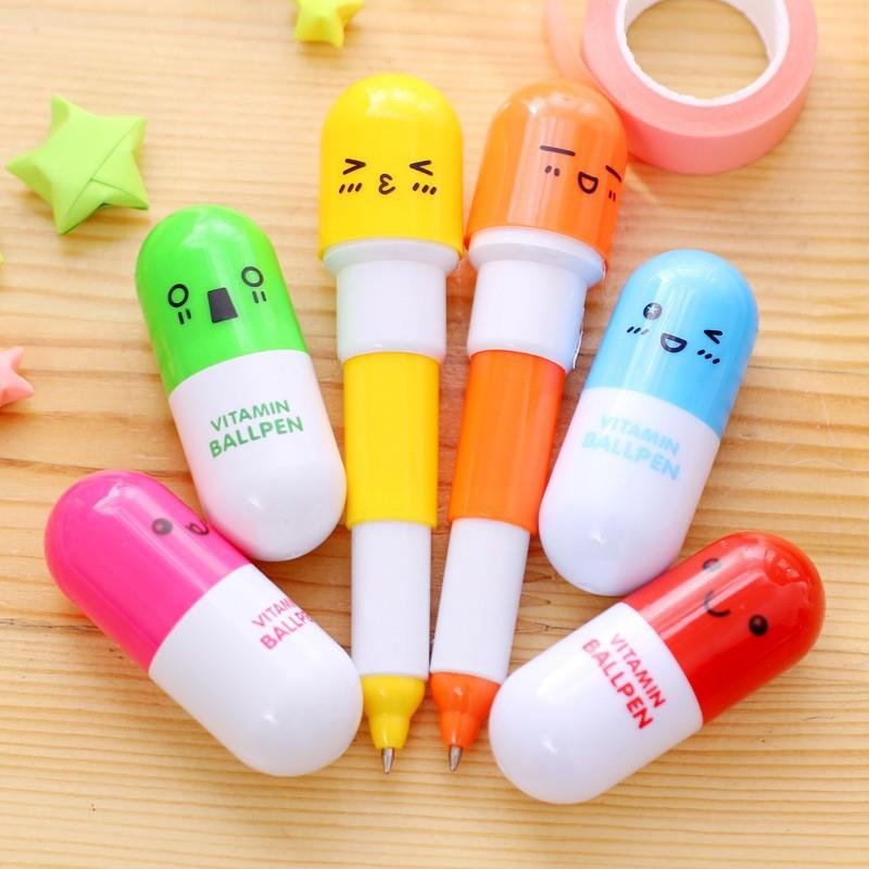 สินค้าเกรดA ปากกาแคปซูล เลือกสีได้ พร้อมส่งOhwowshopหมึกสีน้ำเงิน ปากกาลูกลื่น ราคาถูก เครื่องเขียน ราคาส่ง ปากกา(Z20)