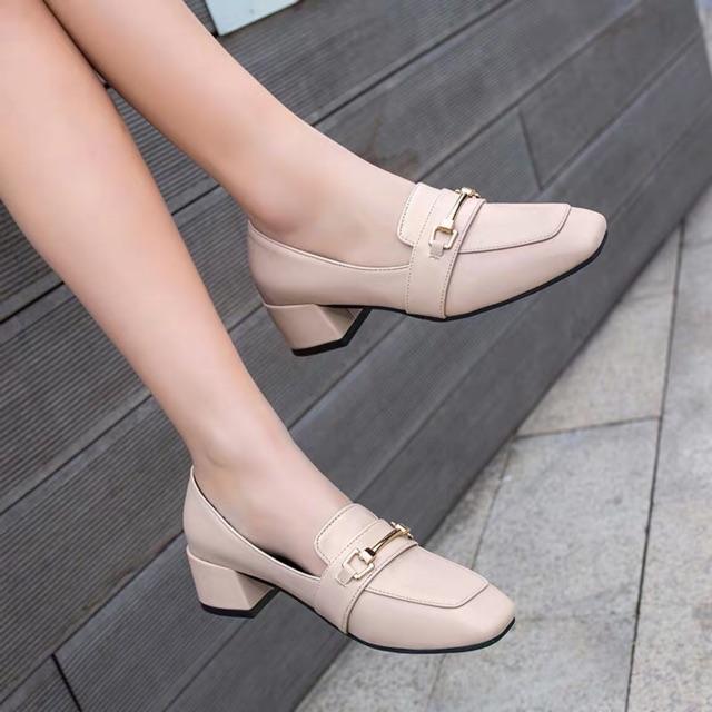 รองเท้าผู้หญิง❤️รองเท้าคัชชู❤️ส้นเตี้ย รองเท้าหัวแหลม รองเท้าคัชชูแฟชั่น รองเท้าคัชชูเปิดส้น พื้นแบนนิ่มสวมใส่สบาย