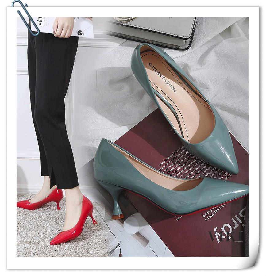 VIKI รองเท้าคัทชูผู้หญิง รองเท้าส้นสูง รองเท้า รองเท้าส้นสูง แบบเสริมส้น รองเท้าส้นเข็ม รองเท้าคัชชูแฟชั่น รองเท้าส้นสูงแฟชั่น รองเท้าส้นเข็ม รองเท้าส้นสูงแฟชั่น รองเท้าส้นเข็ม เพิ่มความสูง รองเท้าเตะแฟชั่น