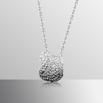 ⅞●Swarovski สีดำและสีขาวไล่ระดับหงส์ (เล็ก) Iconic Swan สร้อยคอผู้หญิง5614118