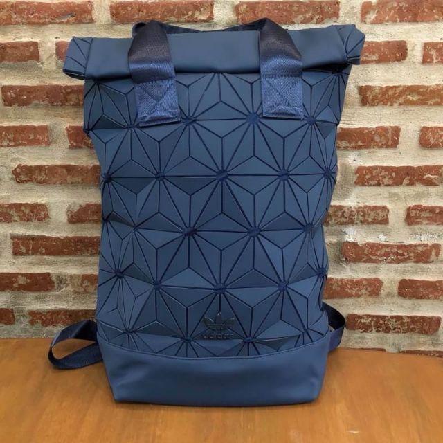 Adidas 3D roll top backpack กระเป๋าเป้สะพายหลัง สีกรมท่า