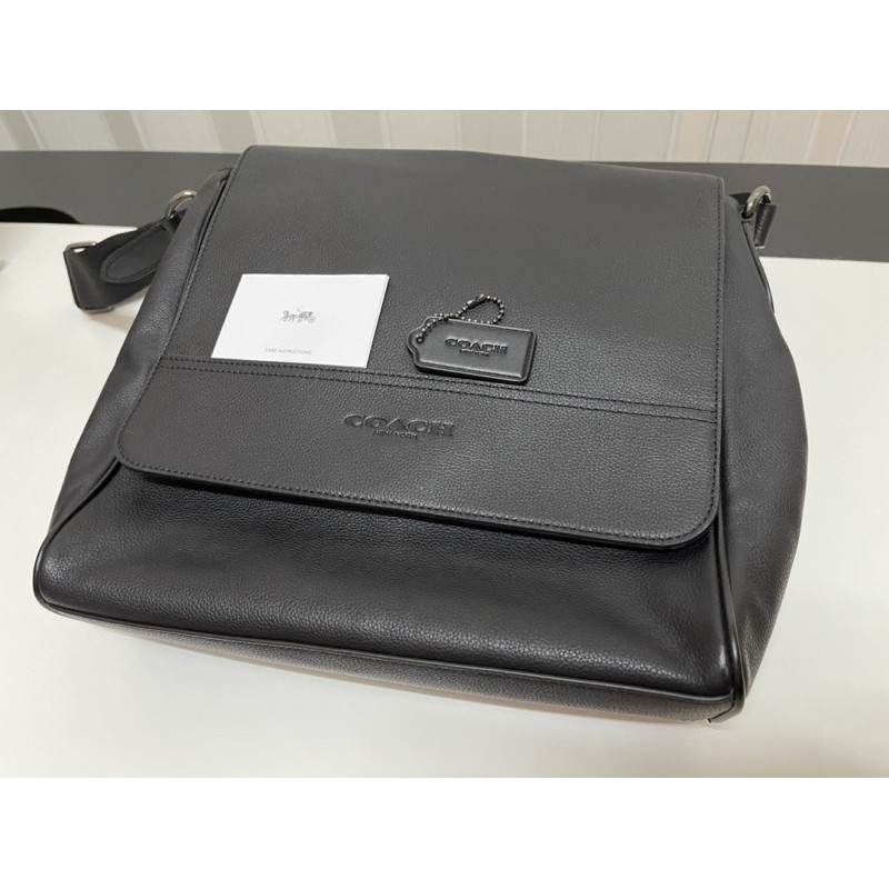 กระเป๋าสะพายข้างผู้ชาย Coach F68015 Houston map bag
