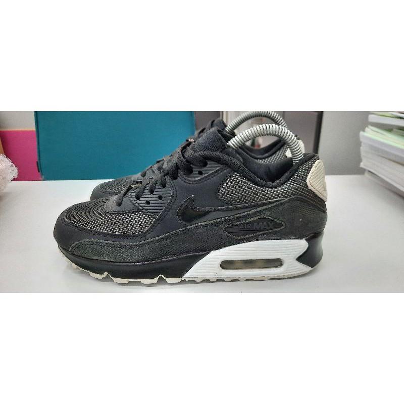 รองเท้า Nike Women's Air Max 90 มือสอง ของแท้ ขนาด 38 ยาว 24 ซม.