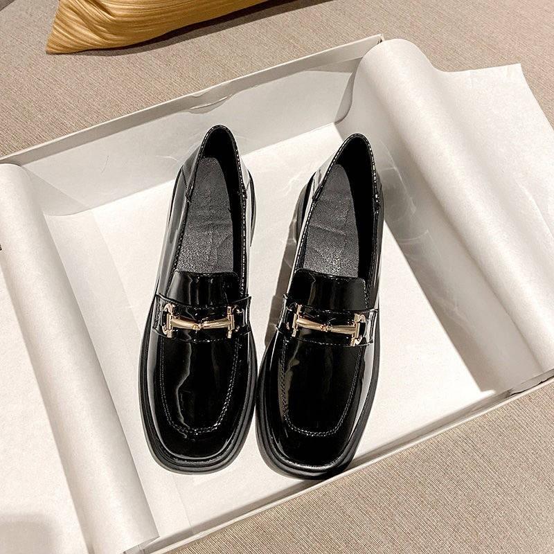 ร้องเท้า รองเท้าคัชชู รองเท้าผู้หญิง ✵Da Yidi Yinglun Xiaoxier รองเท้าหญิง 2021 ฤดูใบไม้ผลิสีดำนักเรียนป่าผิวนุ่มสี่รองเ