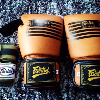 MUAY THAI  MMA K1 BOON BOXING GLOVES BROWN BLACK  NEW DESIGN 8,10,12,14,16 OZ