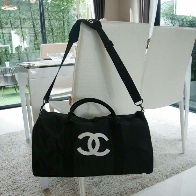 4a74bf7e6d3 การส่งเสริม Chanel VIP Gift Bag Travel Bag Gym Duffel Weekend ซื้อ ...