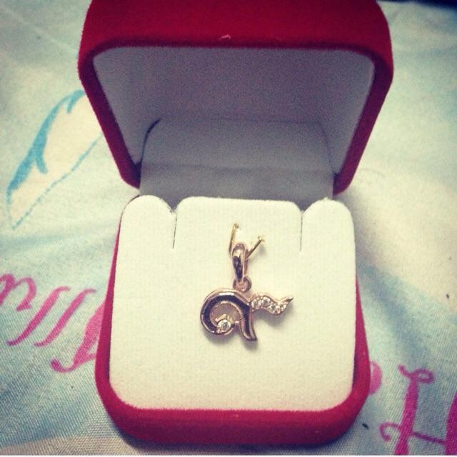 จี้ทองคำแท้ ฝังเพชรรัสเซีย5เม็ด   ราคา1,900