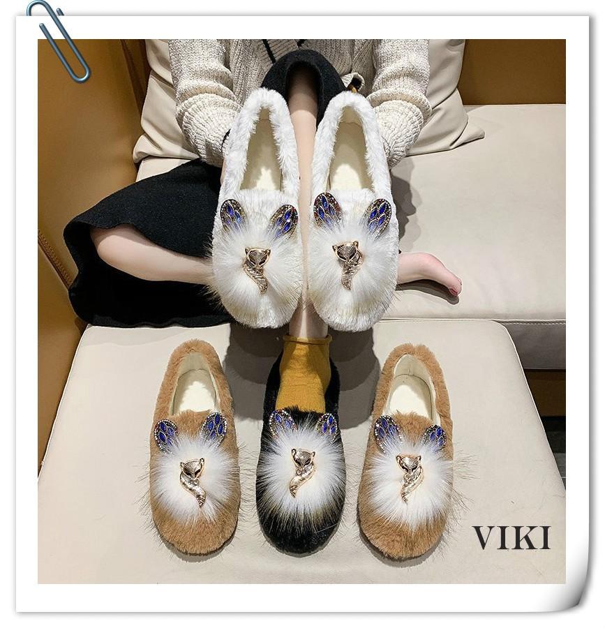 VIKI รองเท้าคัชชูผู้หญิง รองเท้าคัชชู รองเท้าลำลองสตรี รองเท้าคัชชูแฟชั่น รองเท้าสุขภาพ รองเท้าส้นเตี้ยผู้หญิง รองเท้าคัชชูสีดำ รองเท้าพื้นยาง รองเท้าคัชชูแฟชั่น รองเท้าวินเทจ รองเท้ากันลื่น แบบสลิป ออน