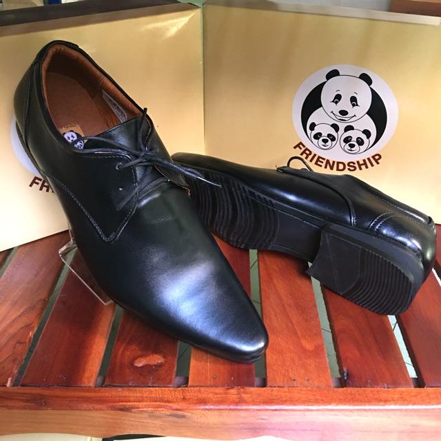 **ซื้อ 1 คู่แถม 1 คู่คละแบบได้** รองเท้าหนังแท้ Friendship shoes รุ่น 3826-6011 คัชชูหนังแท้ ทำงานบุรุษ ผูกเชือก หัวแหลม