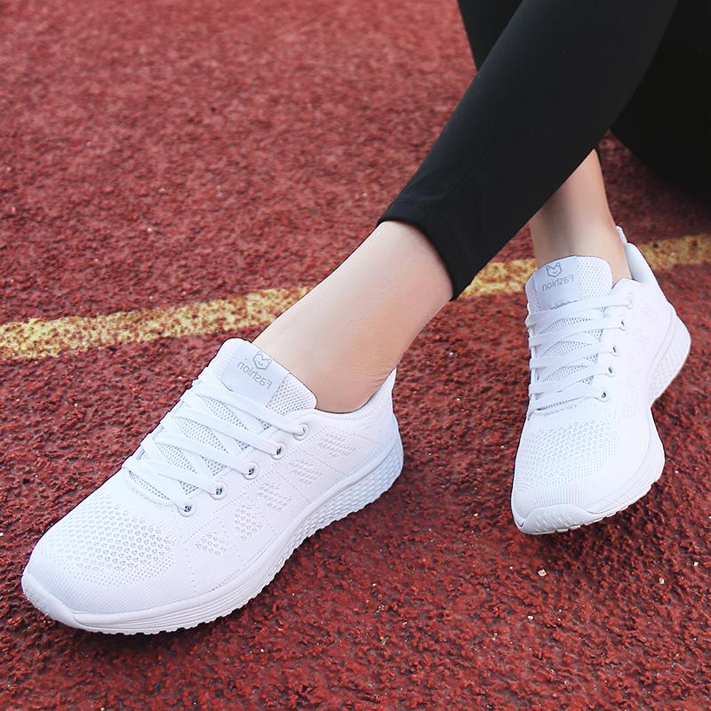 รองเท้าคัชชูผู้หญิงHuili รองเท้าผู้หญิงฤดูร้อนสีดำรองเท้ากีฬาผู้หญิงสไตล์เกาหลีนักเรียนทุกการแข่งขันรองเท้าลำลองด้านล่าง
