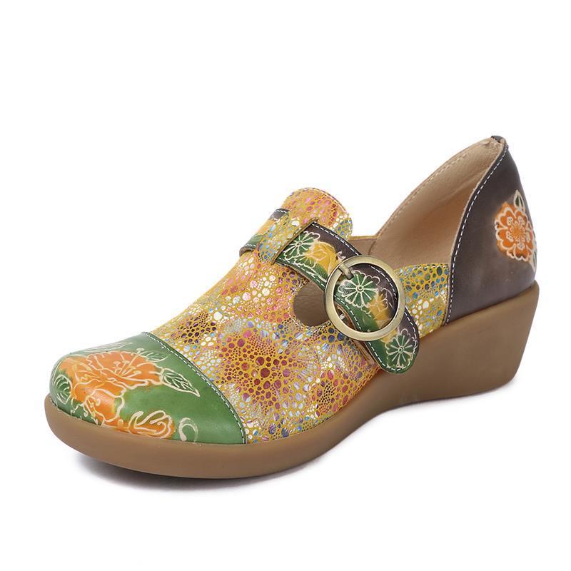 รองเท้าคัชชูส้นเตารีด ฤดูใบไม้ผลิและฤดูใบไม้ร่วงรองเท้าผู้หญิงใหม่ลิ่มหนังหัวกลมจับคู่สีแห่งชาติลมสบายหนังพิมพ์รองเท้าเด