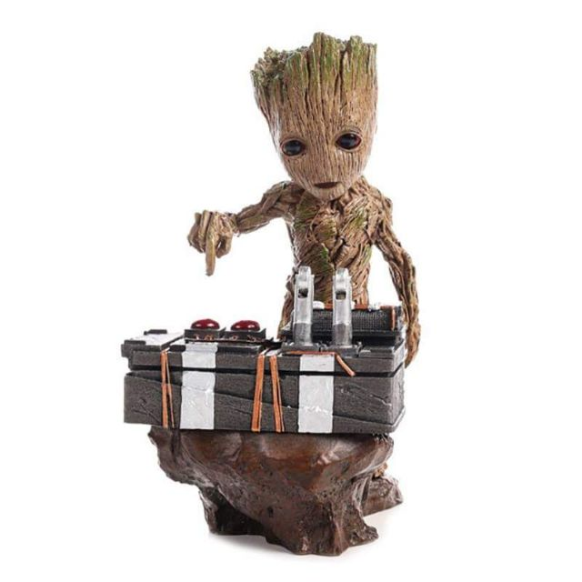 Guardians of the Galaxy 2 Figure DJ Tree Man Statue Resin Figure PVC Action Figure Collectible Model Toys 18cm