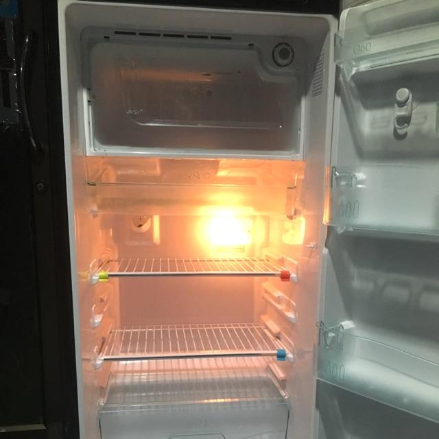 ตู้เย็น มือสอง