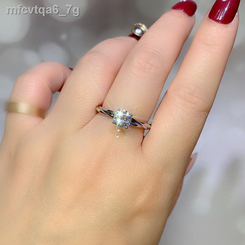 2021🎉สินค้าคุณภาพราคาถูก🎉ส่งใบปลอมและจ่ายเงิน 10 แหวนเพชรจำลอง 1 กะรัตชุบทองคำขาว 925 แหวนหญิงข้อเสนอการแต่งงานแหวนคู่