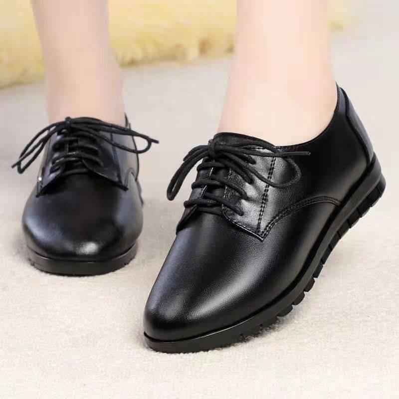 ร้องเท้า รองเท้าผู้หญิง รองเท้าคัชชู ✤ผิวนุ่มสุภาพสตรีอ่อนนุ่มแสดงรองเท้าสีดำขนาดเล็กรองเท้าเดียวหญิงแม่สี่ฤดูกาลรองเท้า