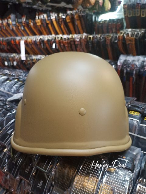 หมวกกันน็อคทรงทหาร