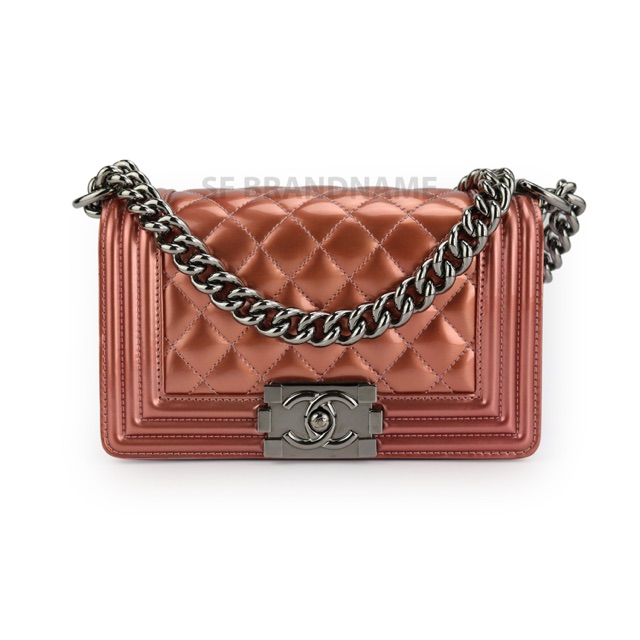 #004984 Chanel Boy Patent SHW Pink Size 8 holo 19 ปี2014
